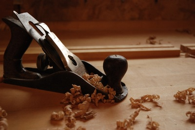 Hand plane with shavings